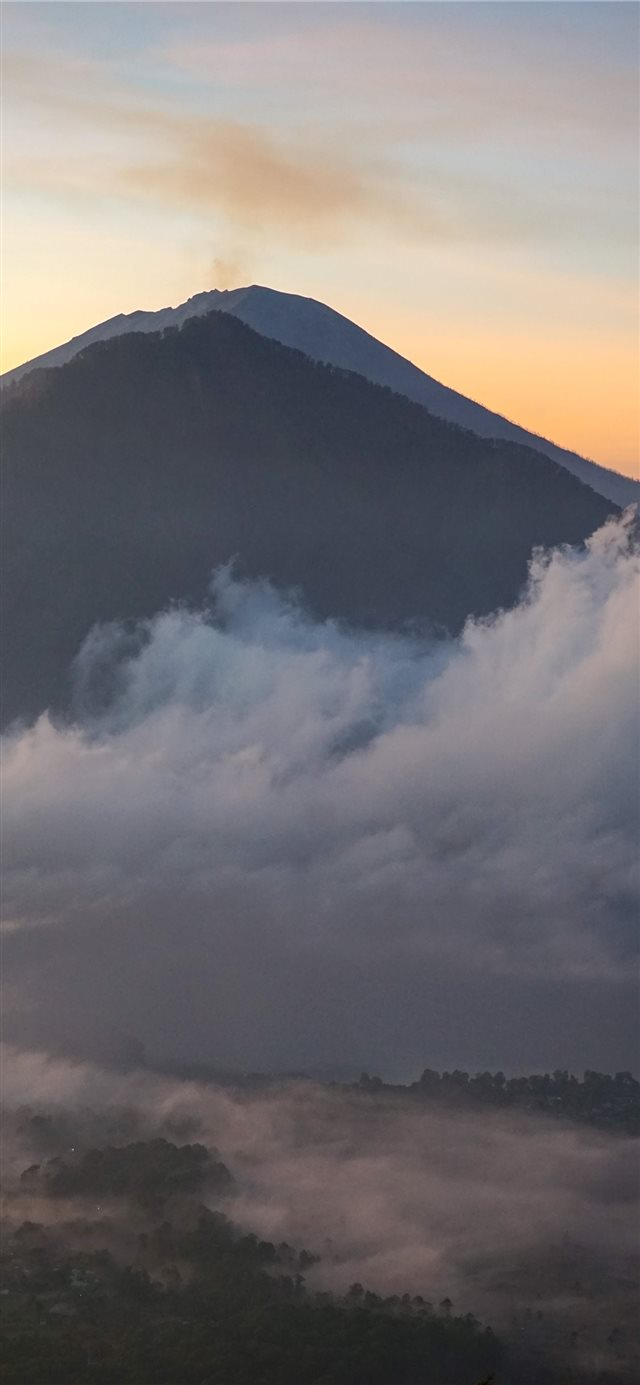 THE RISING VOLCANO [BALI  INDONESIA] iPhone X wallpaper